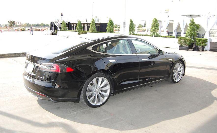 2012 Tesla Model S Signature - Slide 10