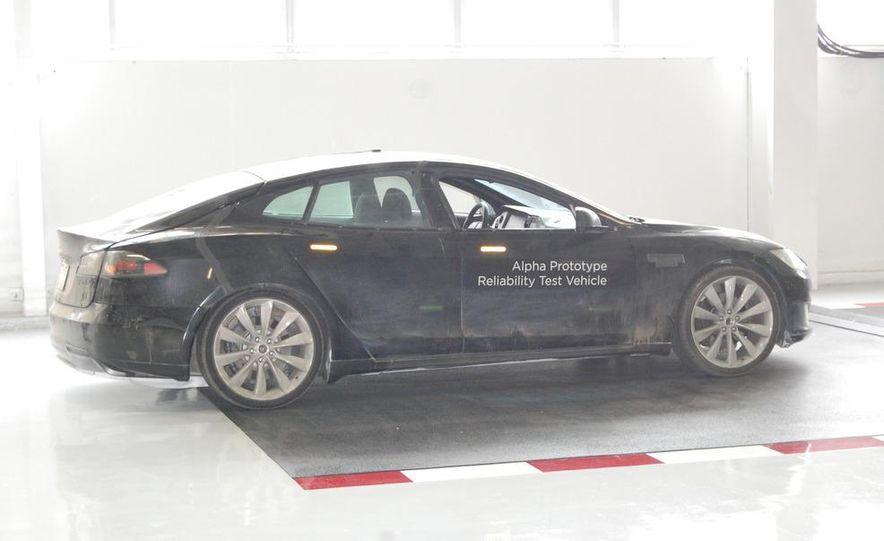 2012 Tesla Model S Signature - Slide 15