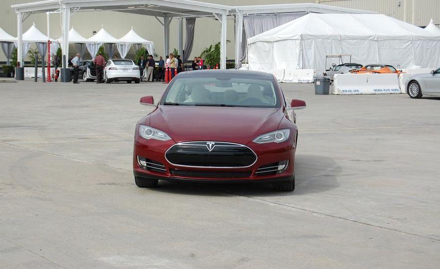 2012 Tesla Model S Signature - Slide 14
