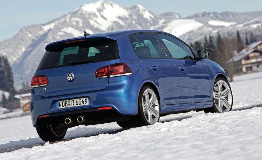 2012 Volkswagen Golf R - Slide 16