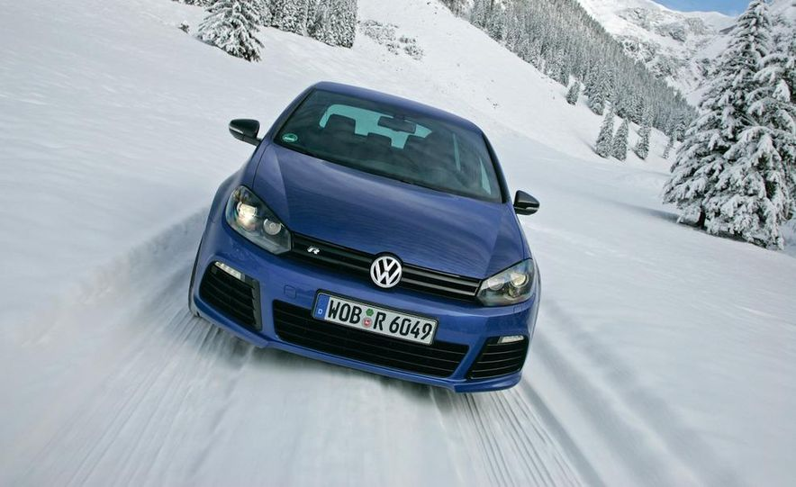 2012 Volkswagen Golf R - Slide 18