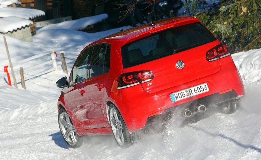 2012 Volkswagen Golf R - Slide 21