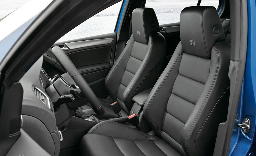 2012 Volkswagen Golf R - Slide 15
