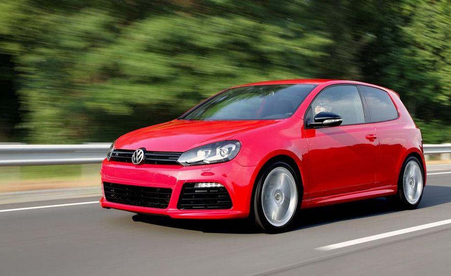 2012 Volkswagen Golf R - Slide 2