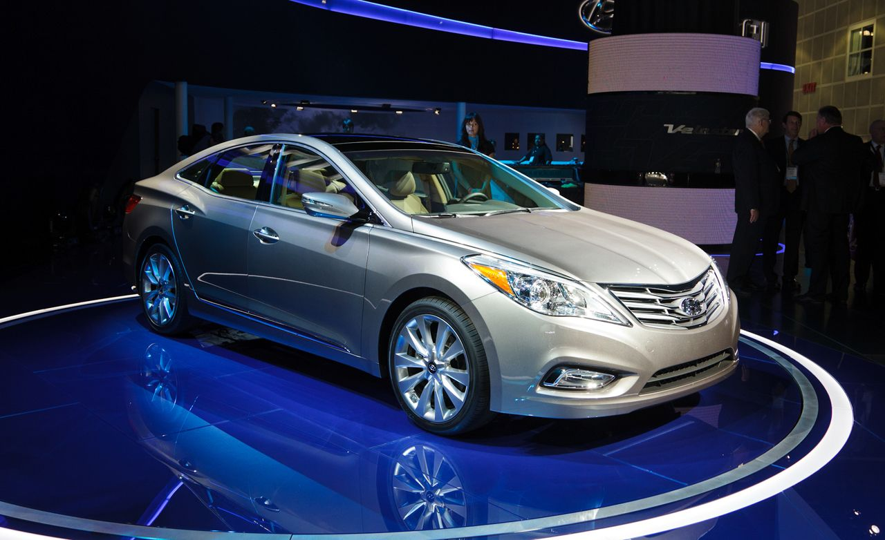 Hyundai Azera Reviews  Hyundai Azera Price Photos and Specs