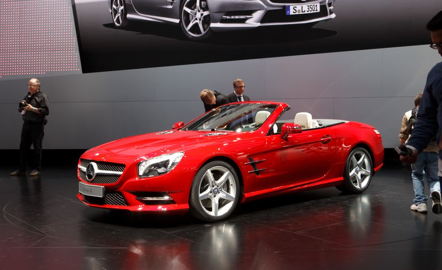 2013 mercedes benz sl550 news car and driver for Mercedes benz sl550 price