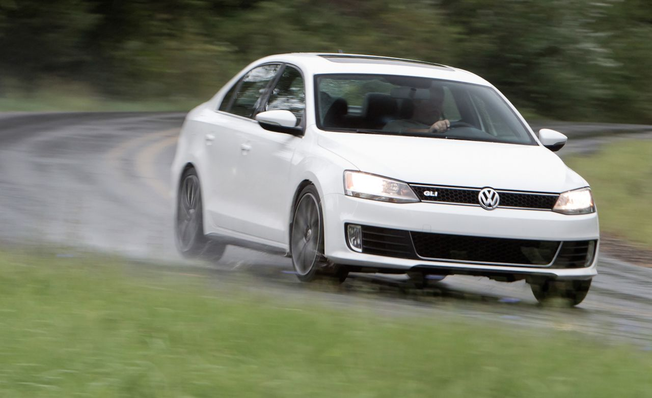 2012 volkswagen jetta gli road test - review - car and driver