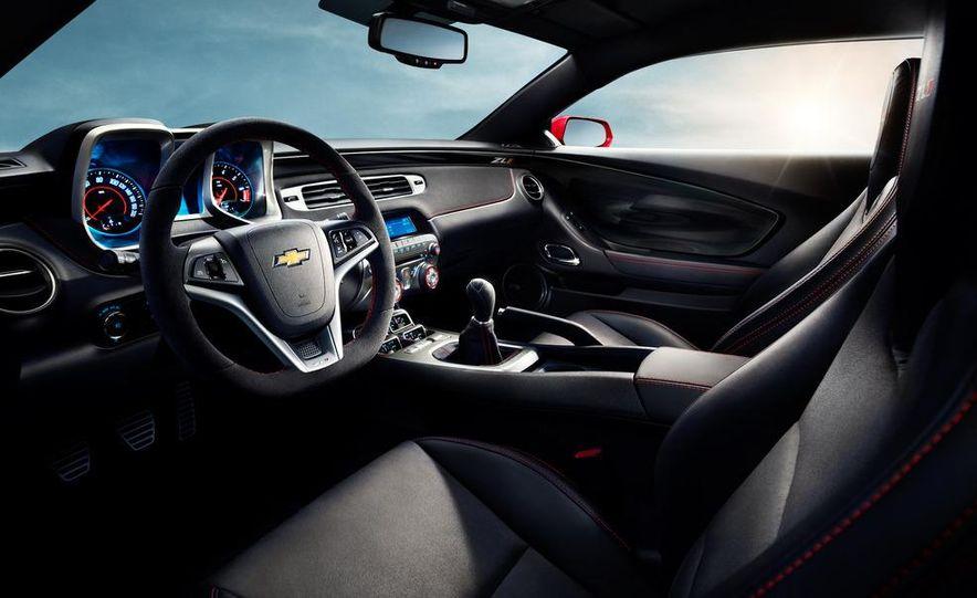 2013 Chevrolet Camaro ZL1 convertible - Slide 27