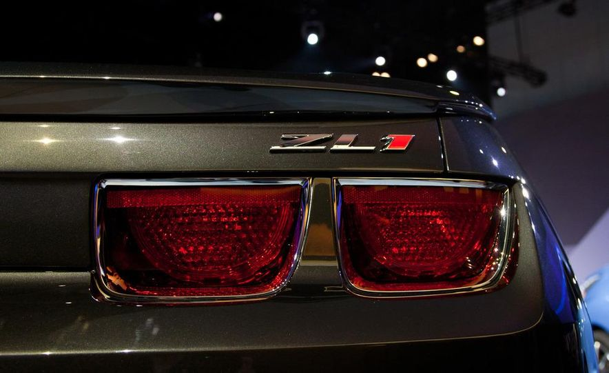 2013 Chevrolet Camaro ZL1 convertible - Slide 12