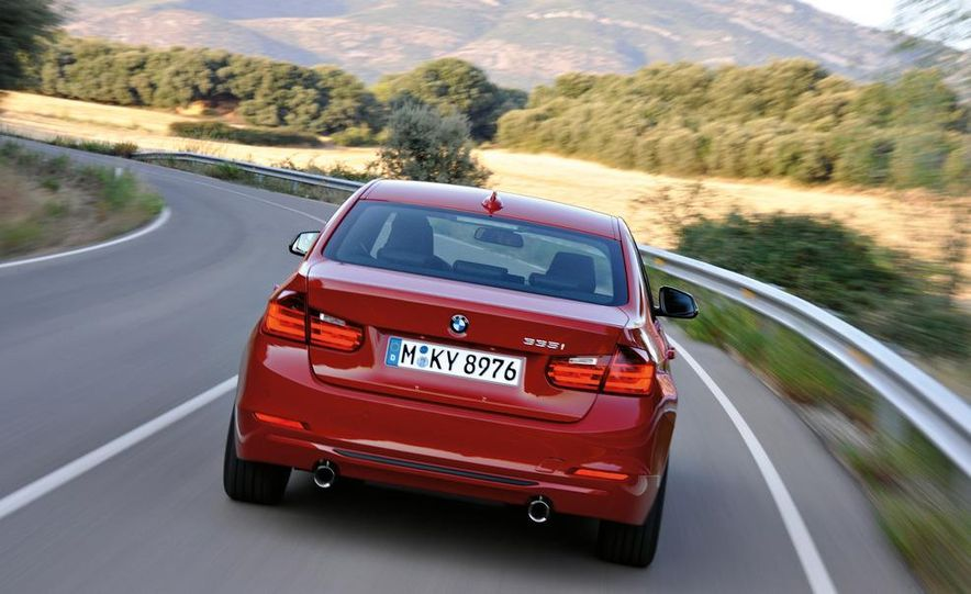 2012 BMW 335i sedan - Slide 1