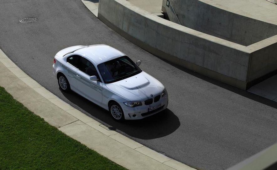 2012 BMW ActiveE - Slide 10