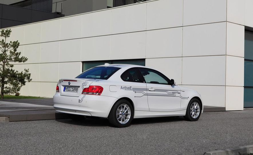 2012 BMW ActiveE - Slide 12
