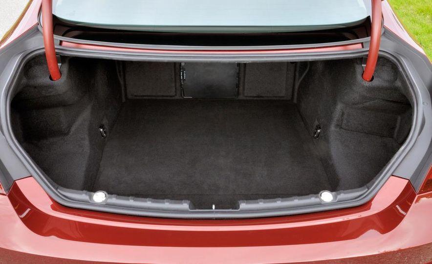 2012 BMW 640i coupe - Slide 18