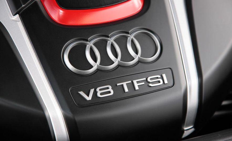 2013 Audi S8 - Slide 22