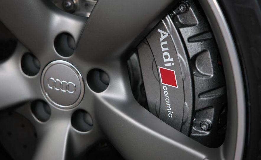 2013 Audi S8 - Slide 17