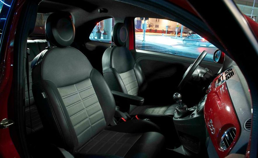 2012 Fiat 500 Sport - Slide 16