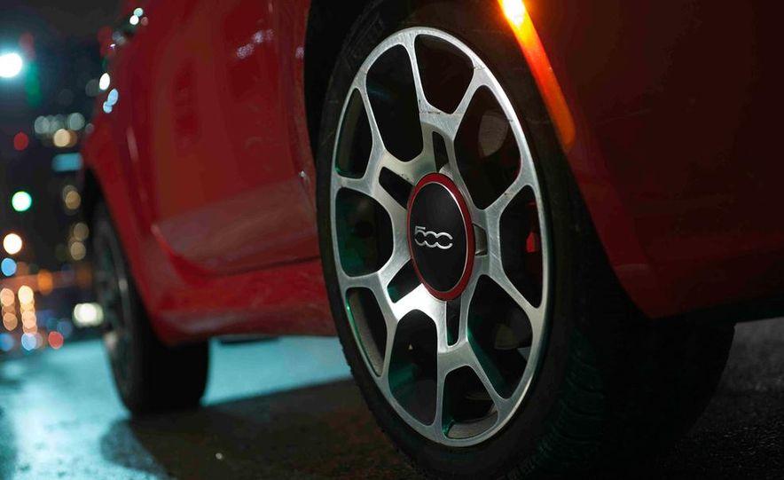 2012 Fiat 500 Sport - Slide 10