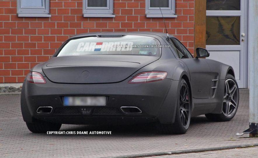 2014 Mercedes-Benz SLS AMG Black Series (spy photo) - Slide 5