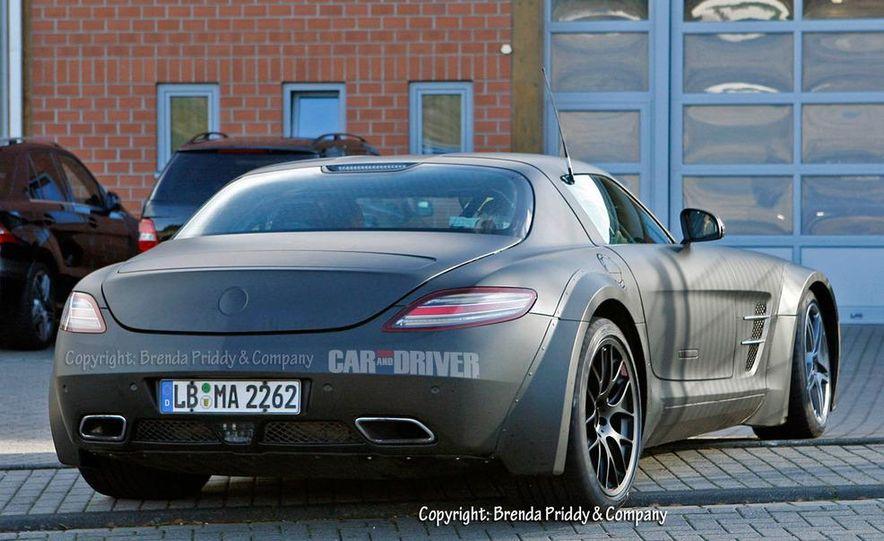 2014 Mercedes-Benz SLS AMG Black Series (spy photo) - Slide 7