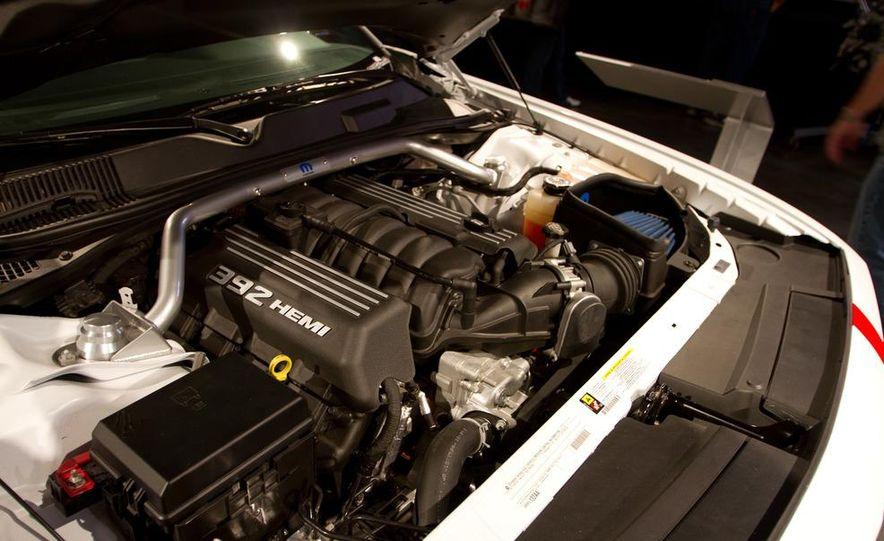 Dodge Challenger SRT8 ACR - Slide 8