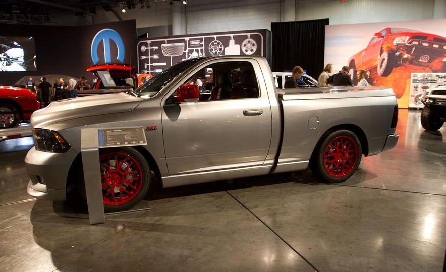 Dodge Challenger SRT8 ACR - Slide 15