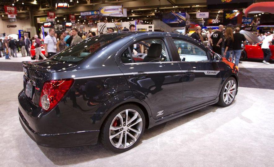 Chevrolet Cruze Z-Spec concept - Slide 12