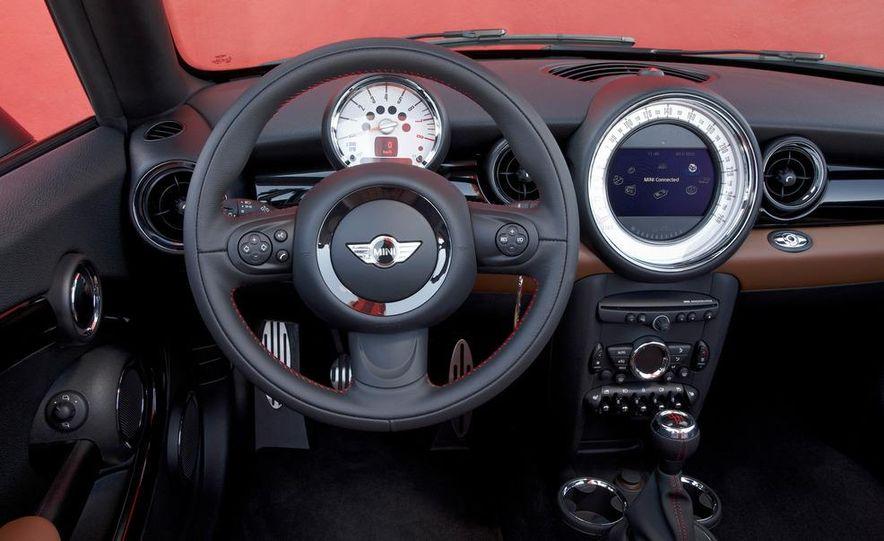 2012 Mini Cooper S Roadster - Slide 24