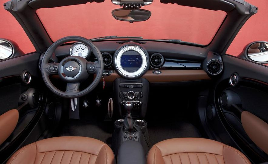 2012 Mini Cooper S Roadster - Slide 25