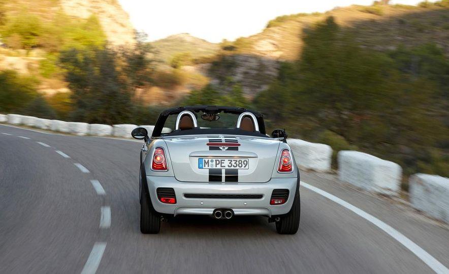 2012 Mini Cooper S Roadster - Slide 11
