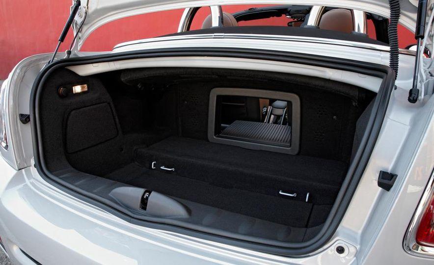 2012 Mini Cooper S Roadster - Slide 28