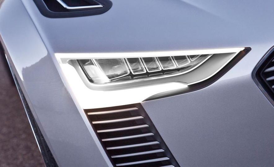 Audi e-tron Spyder concept - Slide 39