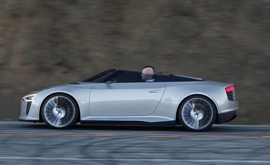 Audi e-tron Spyder concept - Slide 11