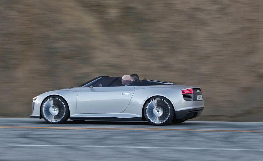 Audi e-tron Spyder concept - Slide 13