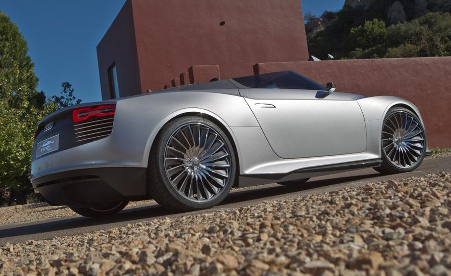 Audi e-tron Spyder concept - Slide 21