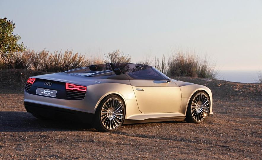 Audi e-tron Spyder concept - Slide 27