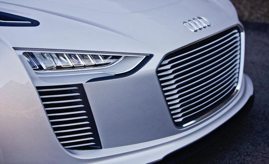 Audi e-tron Spyder concept - Slide 36