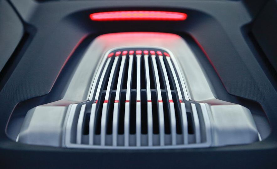 Audi e-tron Spyder concept - Slide 47