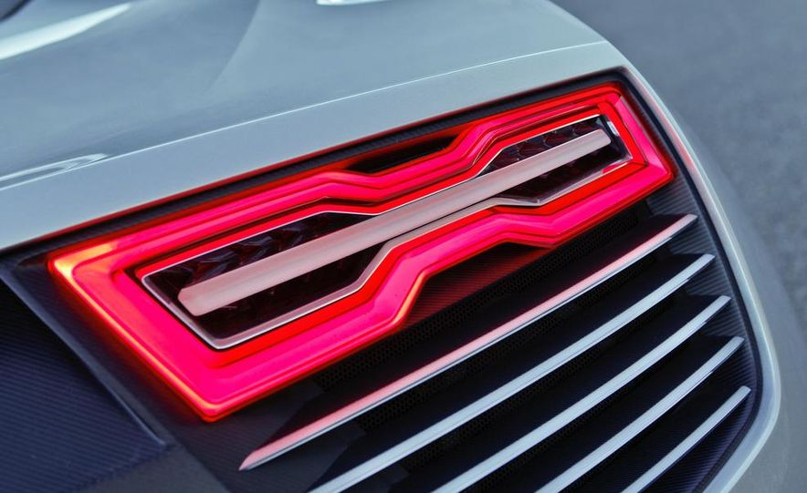 Audi e-tron Spyder concept - Slide 43