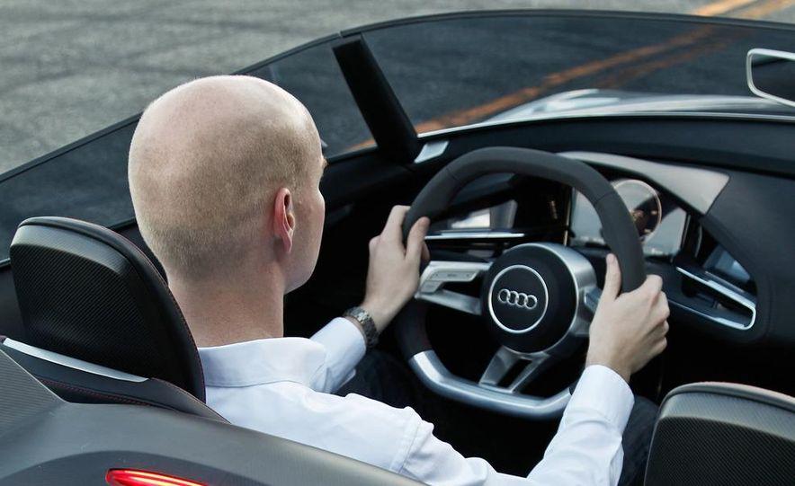 Audi e-tron Spyder concept - Slide 53