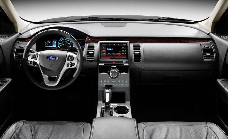 2013 Ford Flex - Slide 5