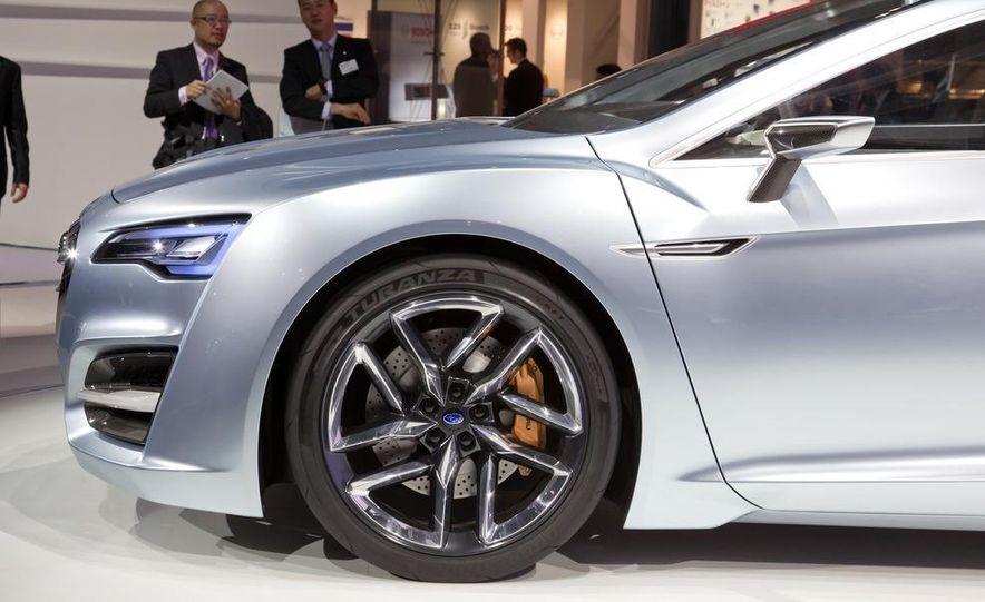 Subaru Advanced Tourer concept - Slide 7