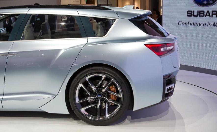 Subaru Advanced Tourer concept - Slide 10