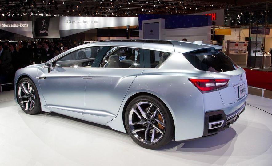 Subaru Advanced Tourer concept - Slide 11