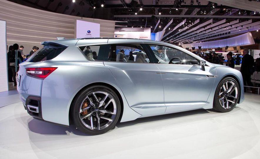 Subaru Advanced Tourer concept - Slide 14