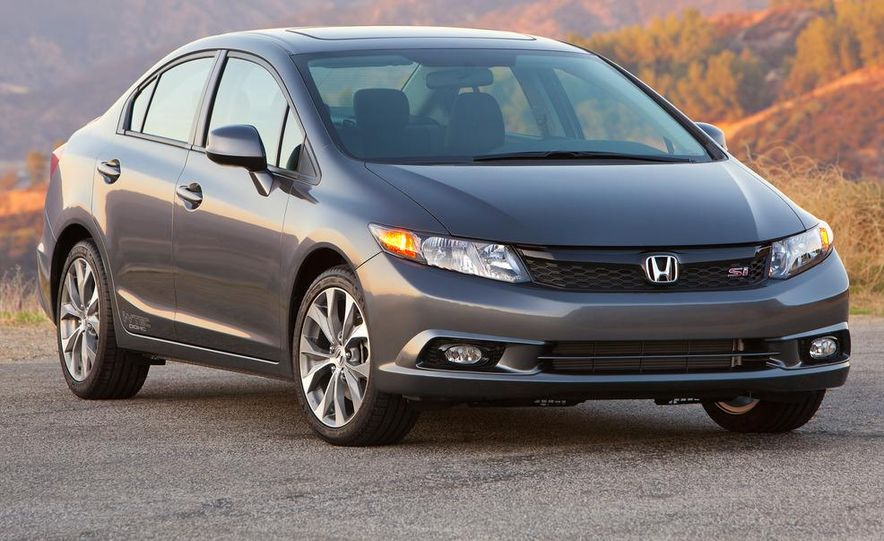2012 Honda Civic Si sedan - Slide 1