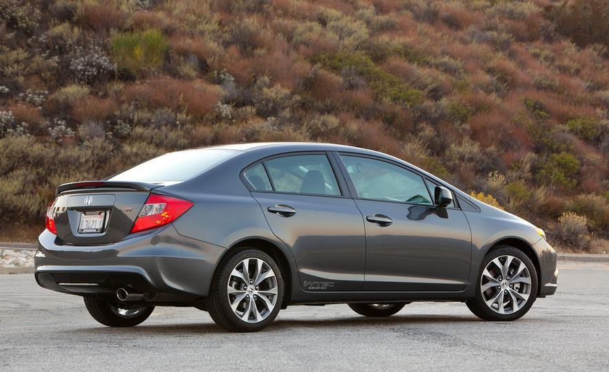 2012 Honda Civic Si sedan - Slide 8