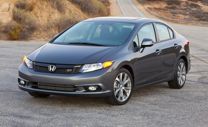 2012 Honda Civic Si sedan - Slide 4