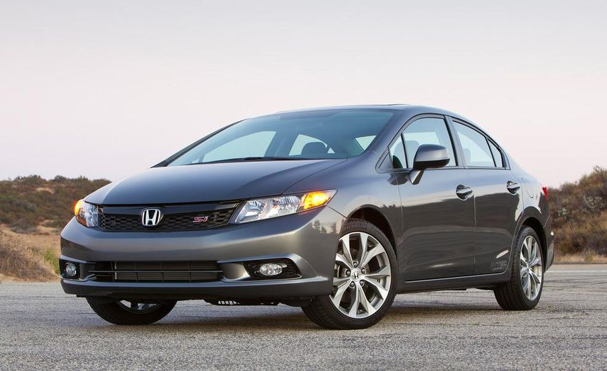 2012 Honda Civic Si sedan - Slide 5