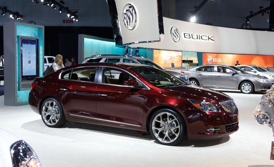 Buick Lacrosse GL concept - Slide 1