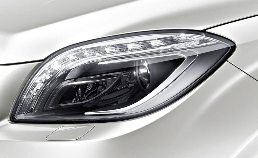 2012 Mercedes-Benz ML63 AMG - Slide 30
